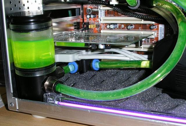 http://herencia2.free.fr/Watercooling/airtrap%20coude.jpg